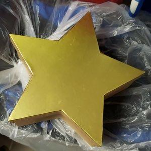 Gold star box storage